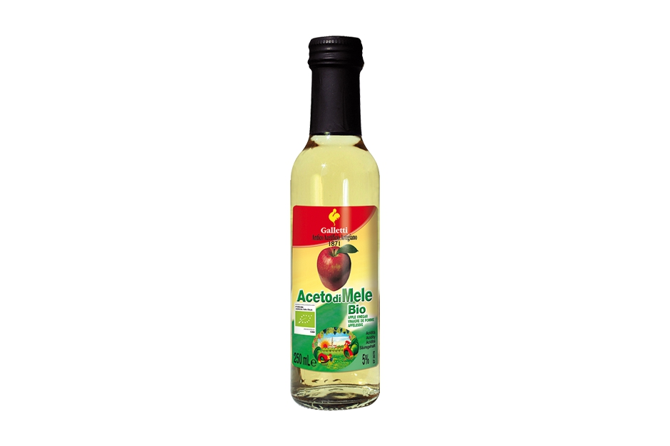 "Organic apple vinegar in ""Cesena"" bottle"