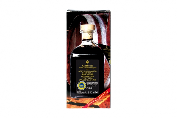 "Balsamic vinegar of Modena I.G.P. in ""Quadrotta"" bottle with box"